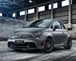 2014 Abarth 695 Biposto. Image by Abarth.