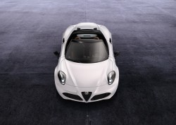 2014 Alfa Romeo 4C Spider. Image by Alfa Romeo.