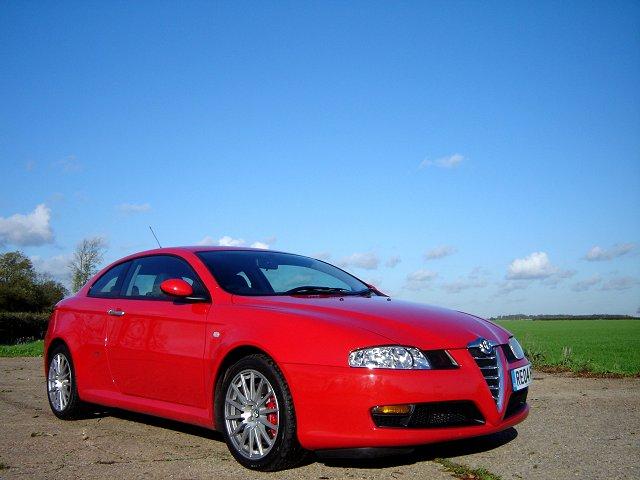 2004 Alfa Romeo GT V6 review. Image by James Jenkins.
