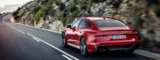 Audi's RS 7 comes with 600hp V8 turbo. Image by Audi AG.