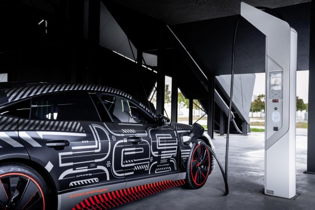 Audi e-tron GT passenger ride. Image by Audi AG.