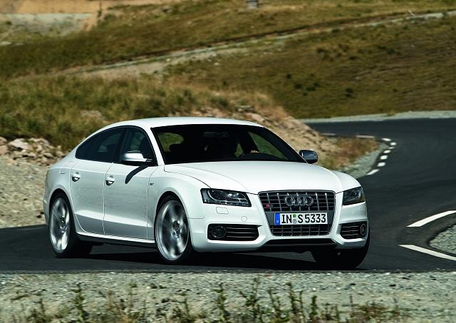 Hot S5 Sportback hatched at Frankfurt. Image by Audi.