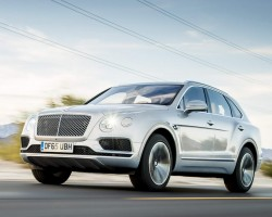 Bentayga in UK. Image by James Lipman.
