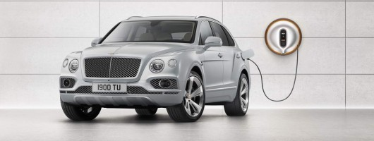 Bentley Bentayga goes Hybrid at Geneva. Image by Bentley.