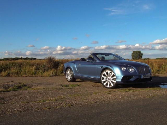 Road test: Bentley Continental GTC V8. Image by Matt Robinson.
