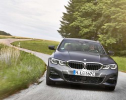 BMW 330e PHEV. Image by BMW.