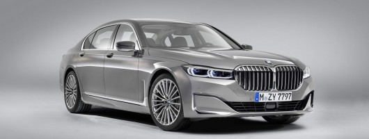 Kidney grilles go XXL on facelifted BMW 7 Series. Image by BMW.