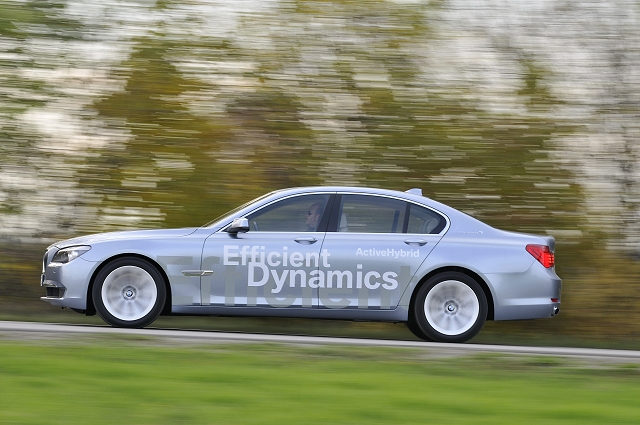 First drive: 2010 BMW ActiveHybrid 7. Image by Richard Newton.