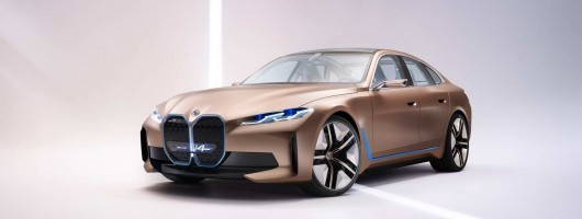 BMW unveils i4 EV. Image by BMW AG.