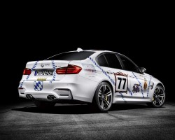Classic racing livery for Oktoberfest. Image by BMW.