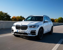 BMW X5 xDrive45e PHEV tested. Image by BMW AG.