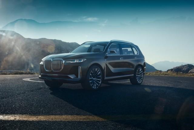 BMW prepares to unleash X7 on Frankfurt. Image by BMW.