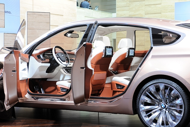 The Car Enthusiast | image gallery | 2009 BMW Concept 5 Series Gran ...