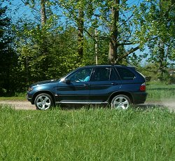 2004 BMW X5 4.4i Sport review | Car Reviews | by Car Enthusiast