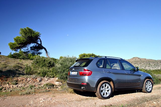 The new BMW X5: better, or just bigger? Image by Will Nightingale.