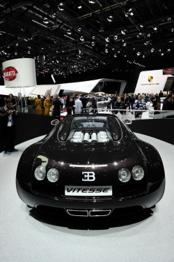 2014 Bugatti at Geneva. Image by Newspress.