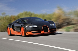first drive bugatti veyron 16 4 super sport car reviews by car enthusiast. Black Bedroom Furniture Sets. Home Design Ideas