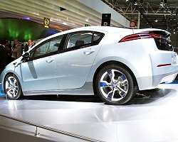 2009 Chevrolet Volt. Image by United Pictures.