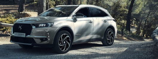 DS 7 gains 4x4 - and PHEV tech. Image by DS.