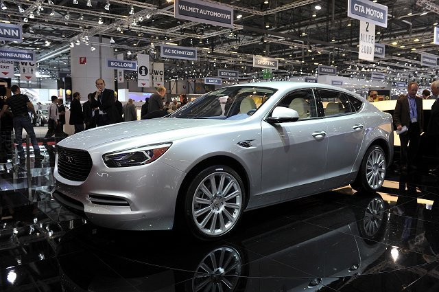 Geneva Motor Show 2011: De Tomaso De Auville. Image by Newspress.
