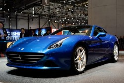 2014 Ferrari California T. Image by Newspress.