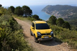 2014 Fiat Panda Cross. Image by Fiat.