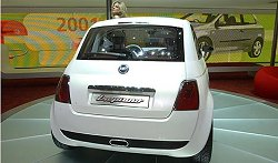 2004 Fiat Trepiuno concept car. Image by www.salon-auto.ch.