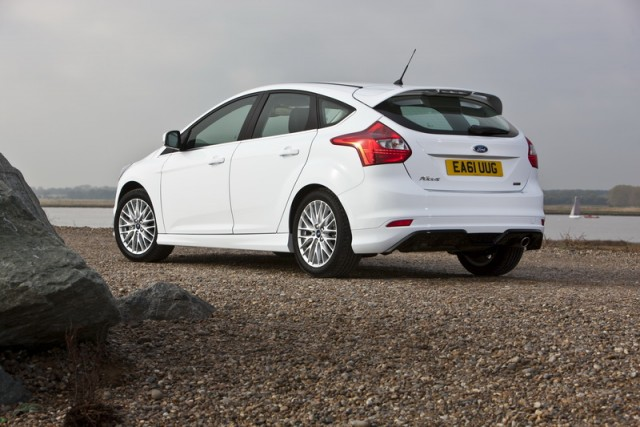 The Car Enthusiast Image Gallery 2012 Ford Focus 1 0