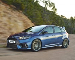 Ford Focus RS punches out 350hp. Image by Ford.