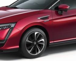 2016 Honda Clarity Fuel Cell Vehicle. Image by Honda.