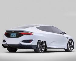 2015 Honda FCV concept. Image by Honda.