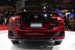 2015 Honda FCX Clarity. Image by Newspress.