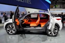 2014 Hyundai Intrado concept. Image by Newspress.