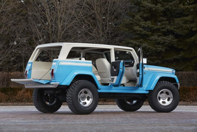 Jeep hides some Easter eggs for Moab Safari. Image by Jeep.
