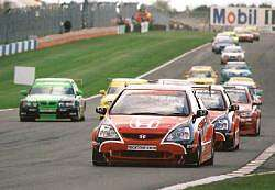 Donington Park 2003. Image by Kelvin Fagan. Click here for a larger image.