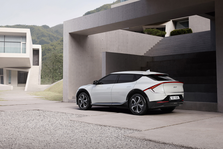 Kia's latest EV drops. Image by Kia.