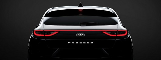Kia Proceed turns station wagon. Image by Kia.