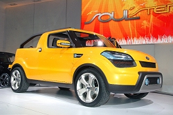 2009 Kia Soulster concept. Image by United Pictures.