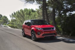 2015 Land Rover Discovery Sport HSE Dynamic Lux. Image by Land Rover.