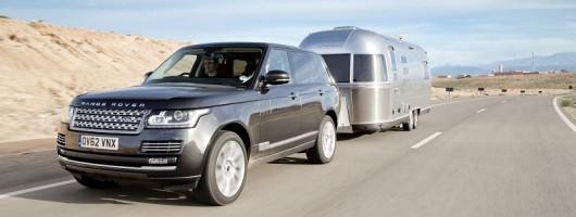 Airstream Atlas Reviews >> Range Rover tows Airstream - quite far | News | by Car Enthusiast
