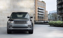 2015 Range Rover SVAutobiography. Image by Land Rover.