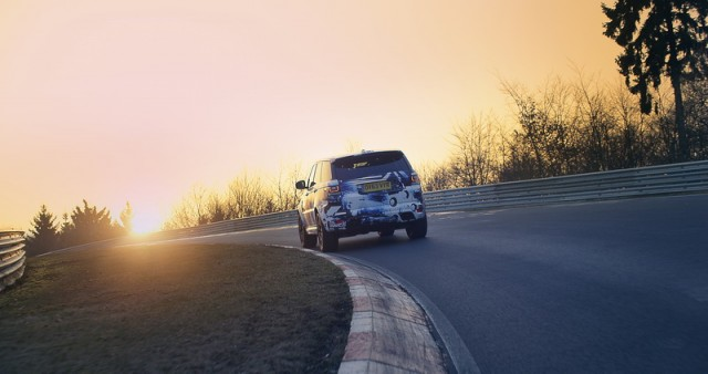 SUV 'Ring lap record set by SVR Rangie. Image by Land Rover.