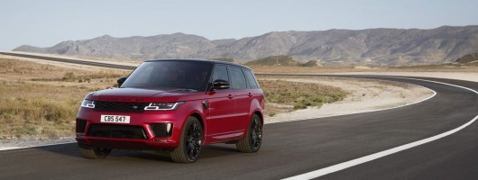 Hybrid model joins revised Range Rover Sport line-up. Image by Land Rover.