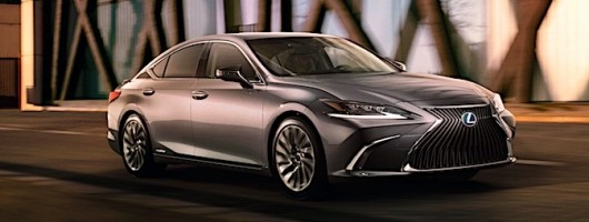 New Lexus 5-Series rival goes front-wheel drive. Image by Lexus.