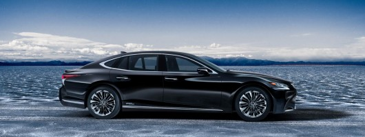 New Lexus LS hybrid revealed. Image by Lexus.