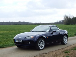 2008 Mazda MX-5 Roadster Coupé. Image by Dave Jenkins.