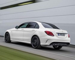 2015 Mercedes-Benz C 450 AMG 4Matic. Image by Mercedes-Benz.
