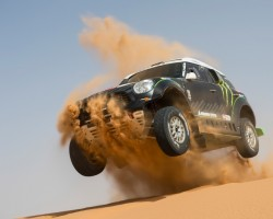 Incoming: MINI Countryman Dakar racer. Image by MINI.