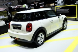 2014 MINI at Geneva. Image by Newspress.