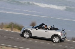 2012 MINI Roadster. Image by MINI.